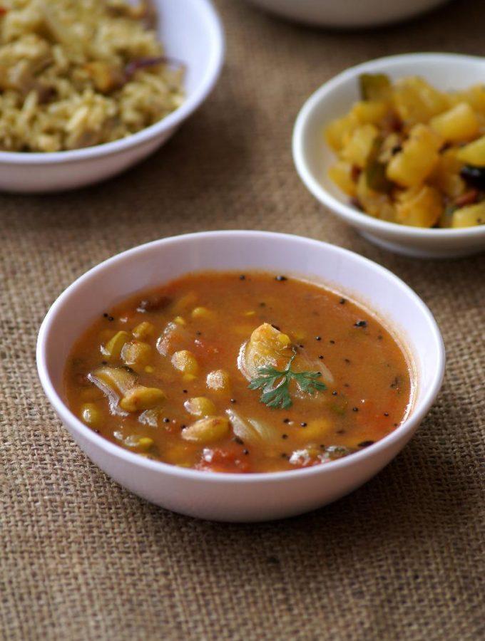 Chikkudu Ginjala Pulusu Recipe – Indian Broad Bean Seeds Stew