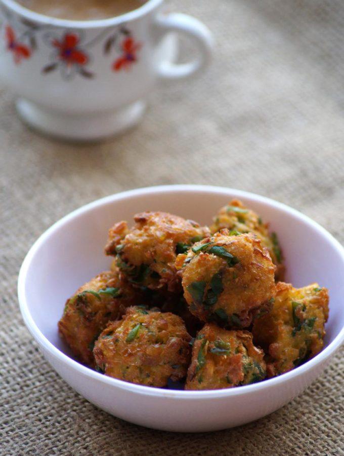 Corn Methi Pakoda Recipe – Corn and Fenugreek Leaves Fritters – Sweet Corn Recipes
