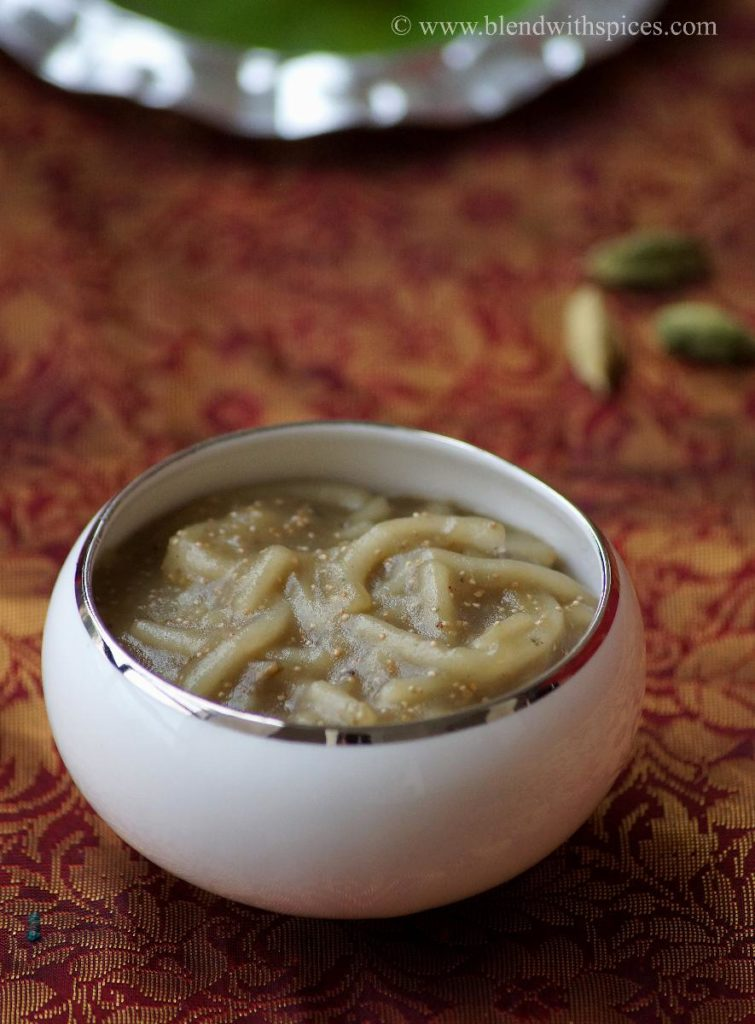 how to make thallikalu, bellam thalikalu for vinayaka chavithi, ganesh chaturthi recipes, thalikalu for ganesha