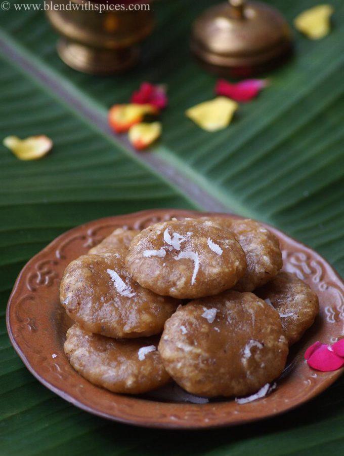 Godhuma Kudumulu Recipe – Wheat Flour Jaggery Kudumulu – Vinayaka Chavithi Naivedyam Recipes