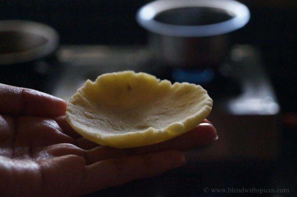 sweet potato puli pithe, how to prepare sweet potato pithey