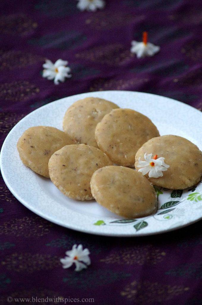 kudumulu prasadam, how to make kudumulu, jaggery kudumulu, sweet kudumulu, kudumulu for vinayaka chavithi