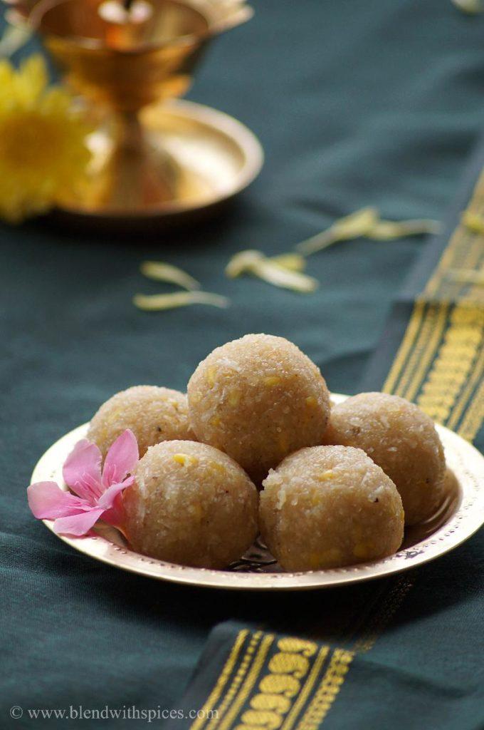 sweet undrallu, jaggery undrallu, how to prepare sweet undrallu recipe