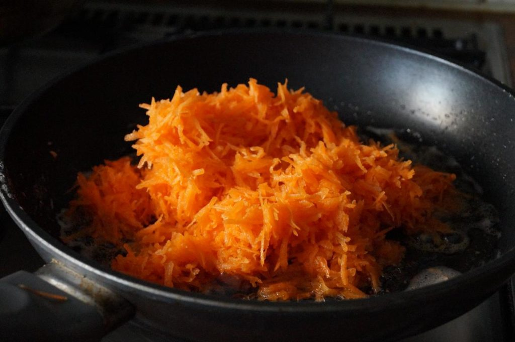 easy carrot halwa recipe with step by step photos, coconut milk halwa recipe