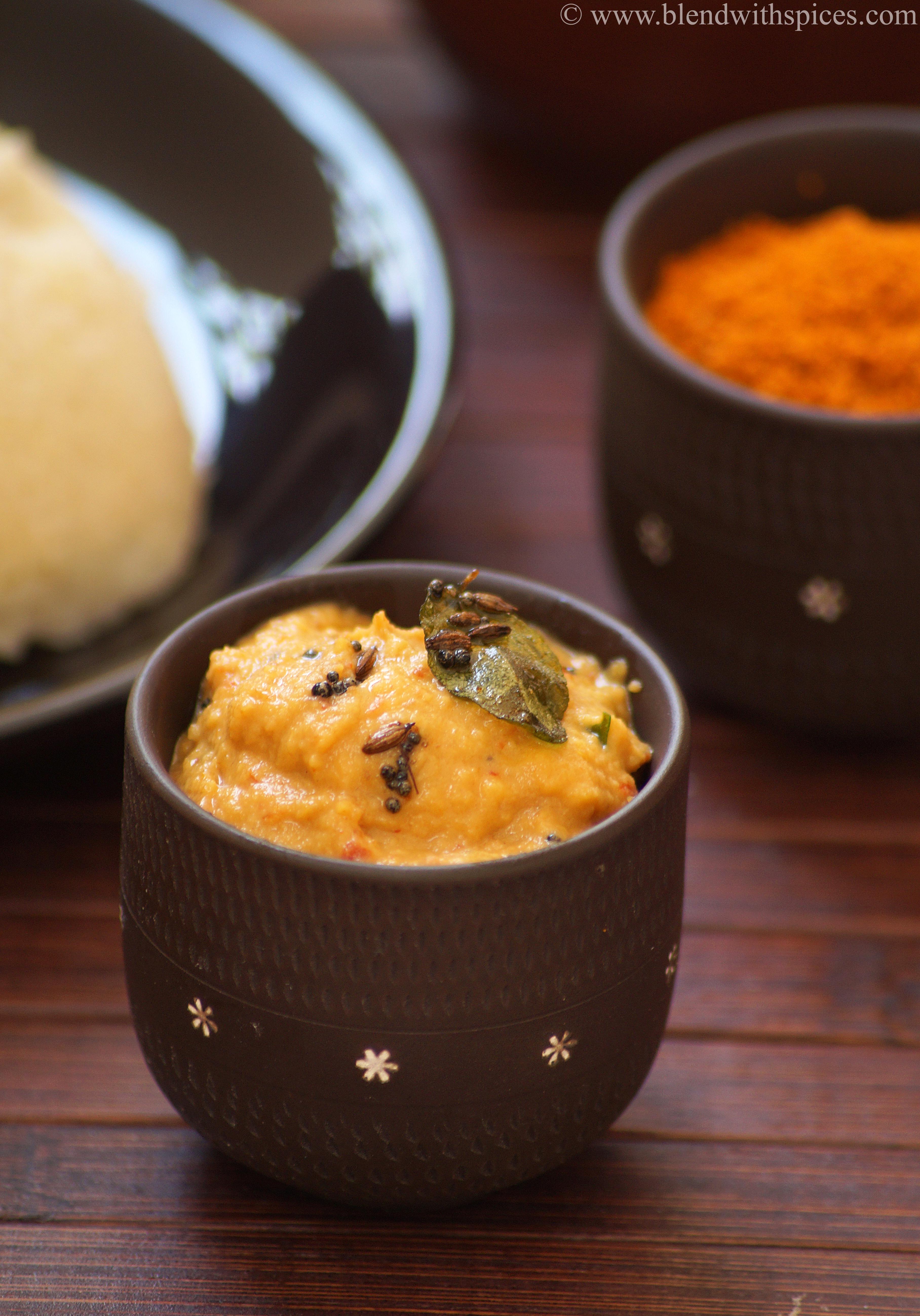 mullangi pachadi recipe, radish chutney recipe, south indian radish chutney