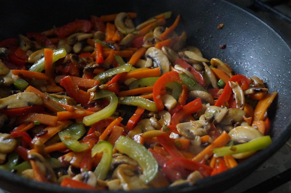 vegetable lo mein recipe, how to make lo mein recipe