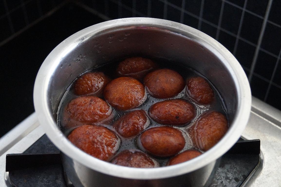 easy makkan peda recipe, south indian sweets recipes,